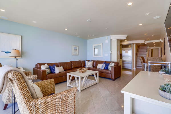 Oceanfront Living area