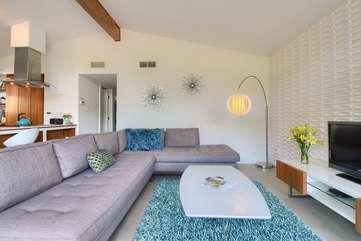 Comfy sectional sofa!