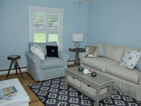 Comfortable living area - 425 Paines Creek Brewster Cape Cod - New England Vacation Rentals