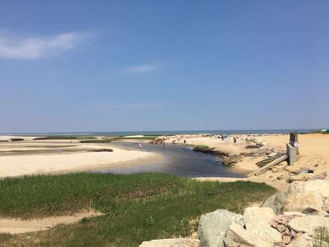 Have some fun in the sun! Paines Creek Beach is just 0.3 mile away - 425 Paines Creek Brewster Cape Cod - New England Vacation Rentals