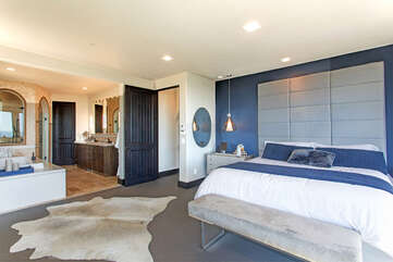 Master Bedroom. Smart TV available with AppleTV. Netflix!