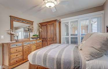 The 2nd bedroom with a queen bed
