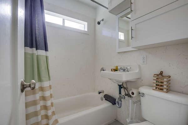 Apartment Full Bath - Second Floor