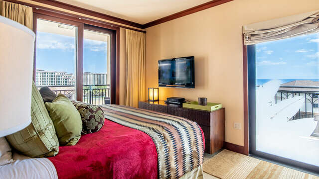 Master Bedroom with Private Lanai in our Ko Olina Condo on Hawaii