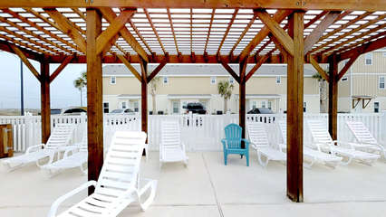 Poolside Shaded Seating