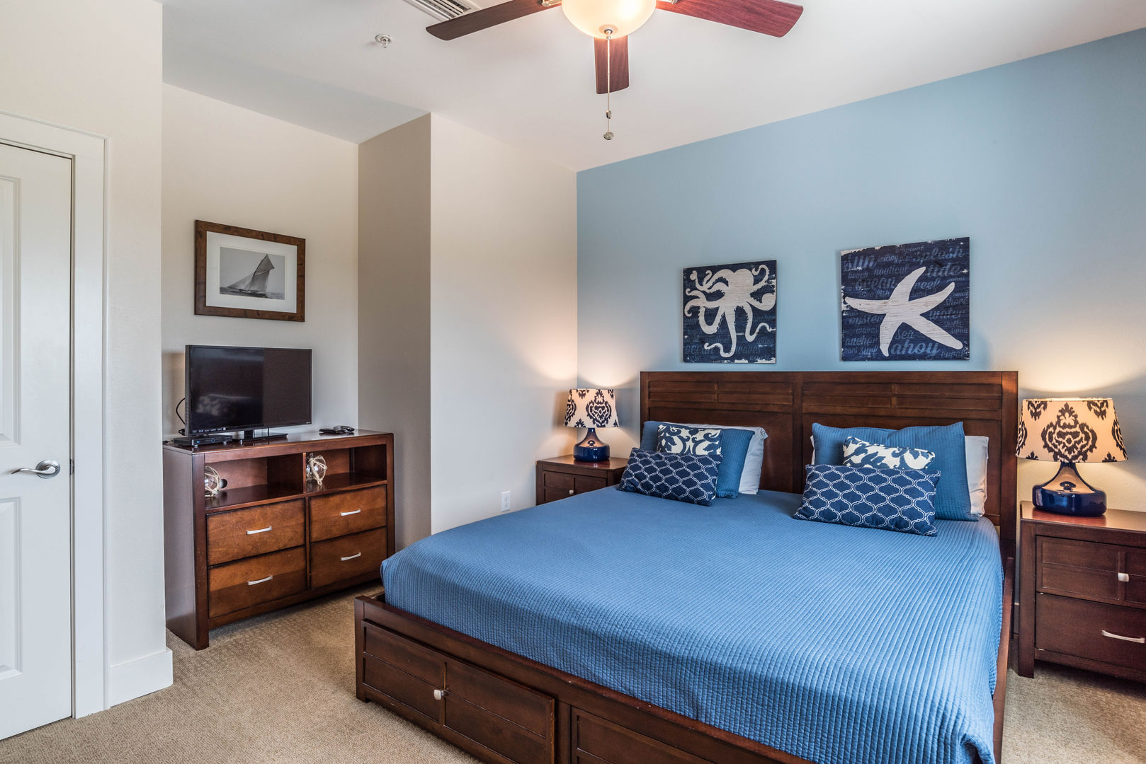 Additional Guest Room with Nautical Theme