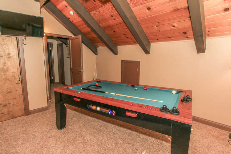 4th Bedroom Game Table / TV