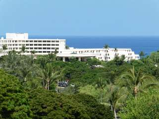 Sheraton Keauhou just a 5 min walk away
