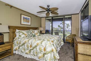 Master Bedroom with King Bed & Lanai Access