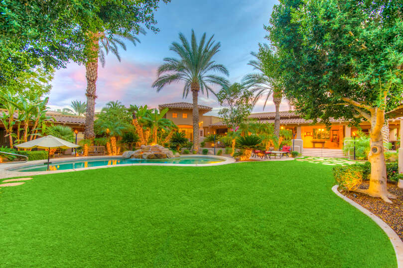 The interior courtyard is perfect for large families or groups to relax and enjoy Arizona's beautiful weather.