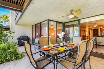 Gorgeous Dining Area outside our Kona Vacation Villa