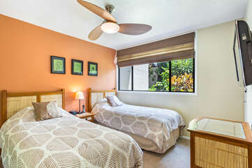 2nd Bedroom with Twin Beds at our Country Club Villas 120
