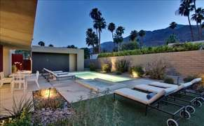 30' pool with integrated spa with spillover. Mountain and palm tree views with perfect sun from late morning to sunset.