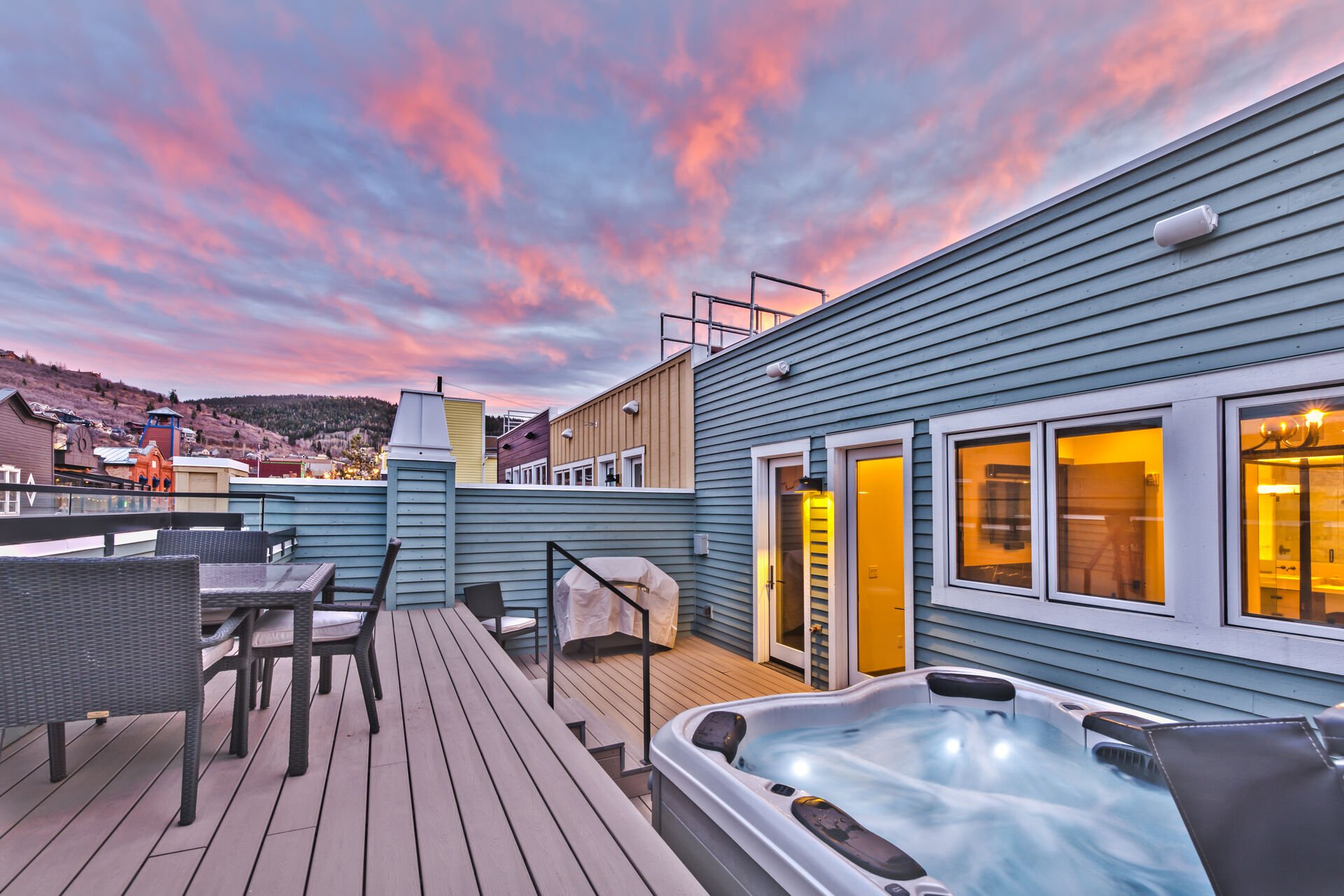 Large Upper Level Private Deck with 8-Person Hot Tub, Patio Seating and BBQ Grill