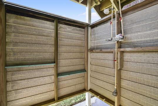 Exterior shower has hot water!