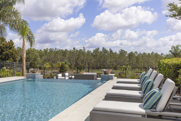 Plenty of luxurious sun loungers for everyone