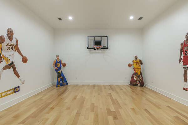 Also on the first floor you will find an indoor sports court game room