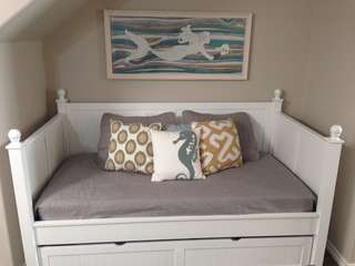 Twin Day Bed w Trundle (in Living Area)