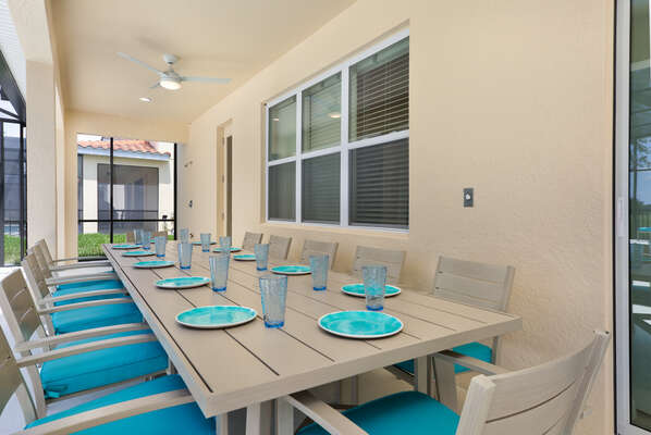 Dine outside in the shaded lanai