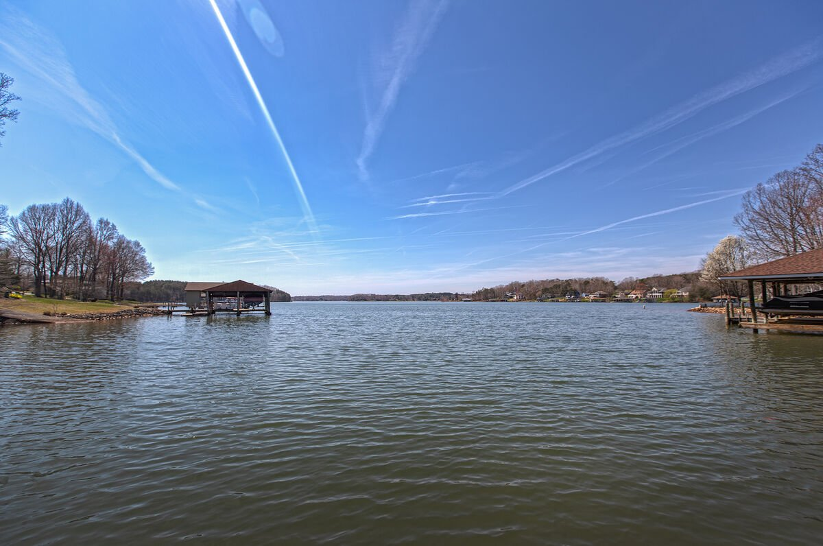 Picture of the Lake.