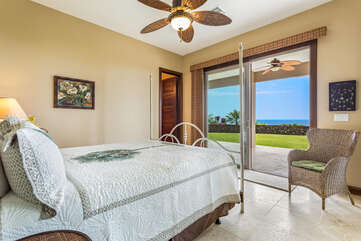 Master Bedroom with King Bed/Access to Outside