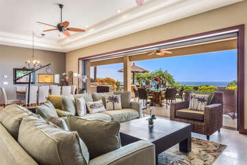 Living Area with Easy access to Outside at Kona Hawaii Vacation Rentals
