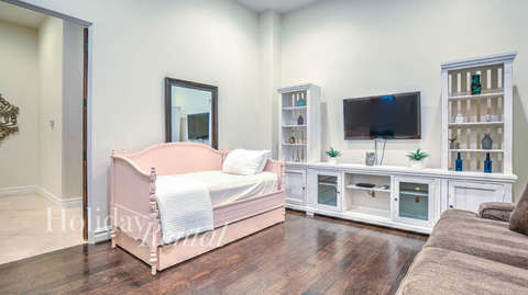 Den with Twin Bed & pullout King bed
