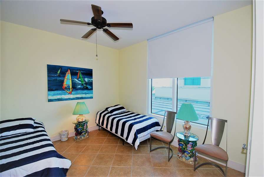 3rd Bedroom; 2 Twin Size Beds