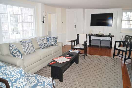 Living room with a flat screen TV - 117 Old Wharf Road Chatham Cape Cod - New England Vacation Rentals