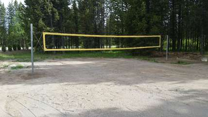 Volleyball is one of the amenities that the Enchanted Forest has to offer. (balls included )