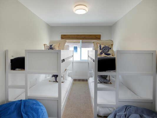 Bunk Room - 2 Twin/Twin Bunks - Second Floor