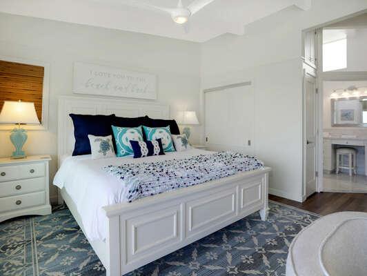 Master Bedroom Suite w/ King - Second Floor