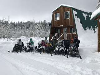 Perfect location for deep powder riding to mt. Jefferson and other popular areas.