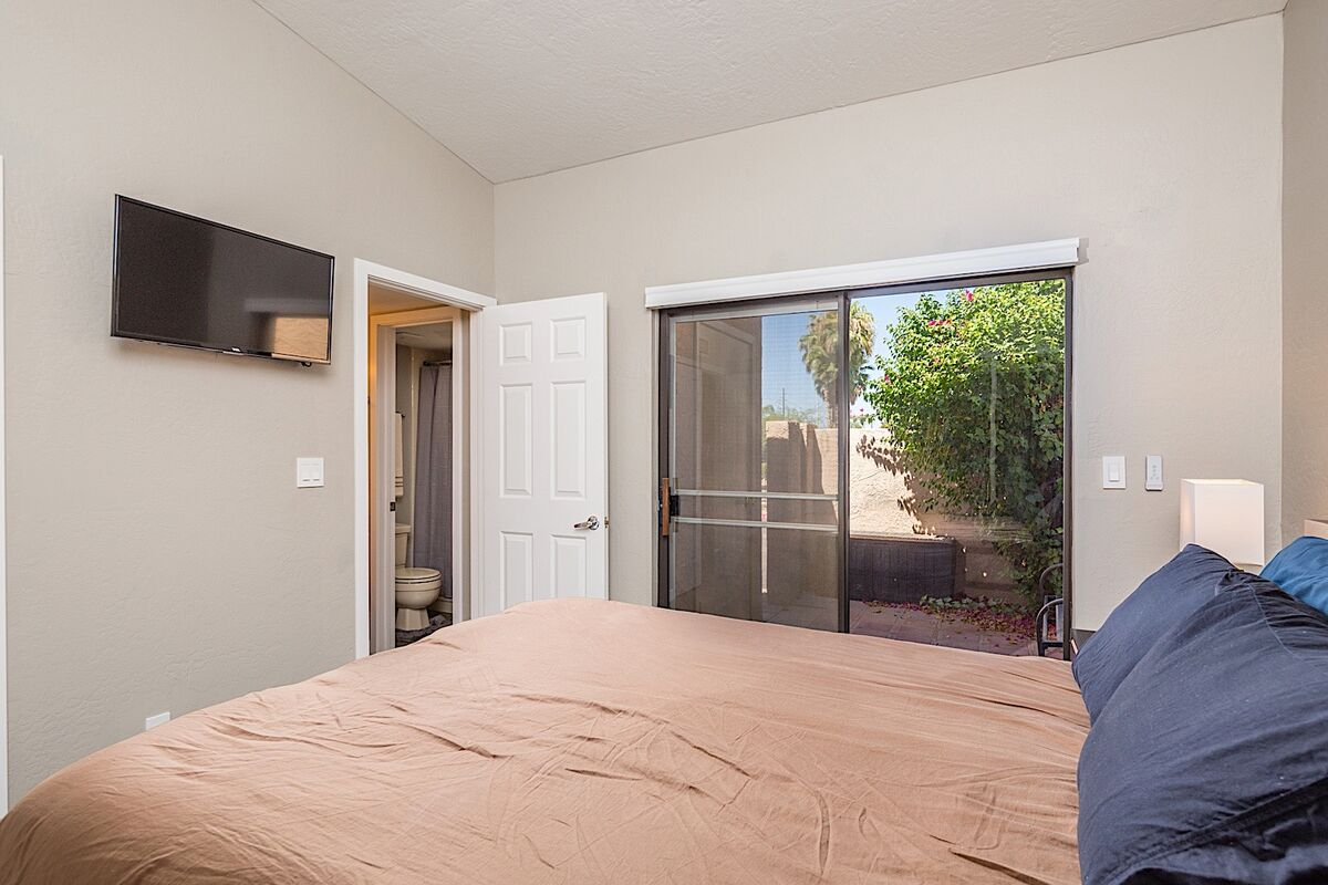 With a private bathroom and patio, two couples would be able to spend time away from each other licking their wounds or celebrating a great game