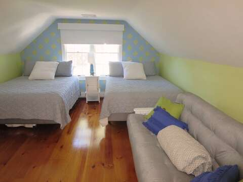 2nd floor bedroom 2 with 2 Queens and a Full Size Futon - 66 The Cornfield Chatham Cape Cod - New England Vacation Rentals