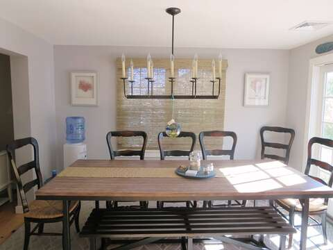 The large dining table seats 8-10 - 66 The Cornfield Chatham Cape Cod - New England Vacation Rentals