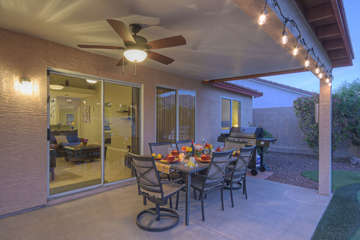 Why eat inside when outdoor dining is comfortable and there's a grill for barbecued treats!