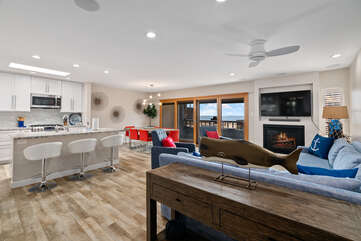 Open floor plan with plenty of seating and dining space.