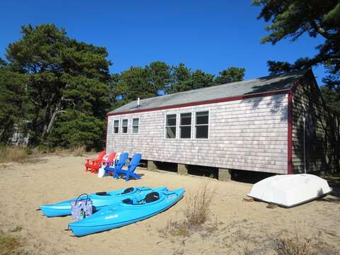 Looking for some adventure? Take the kayak out and discover the pond - 1047 Old Queen Anne Road Chatham Cape Cod - New England Vacation Rentals