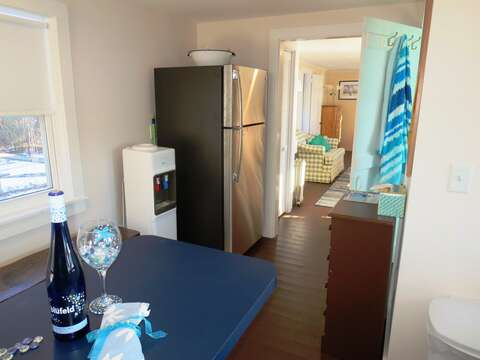 Full size refrigerator - 1047 Old Queen Anne Road Chatham Cape Cod - New England Vacation Rentals