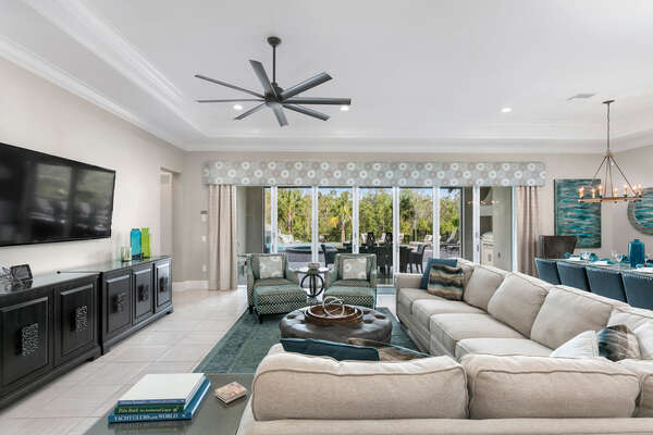 Beautiful living area with ample seating