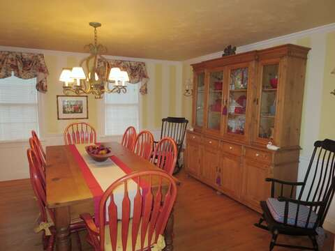 Dining room-seats 8 comfortably- 29 Ginger Plum Lane Harwich Port Cape Cod - New England Vacation Rentals