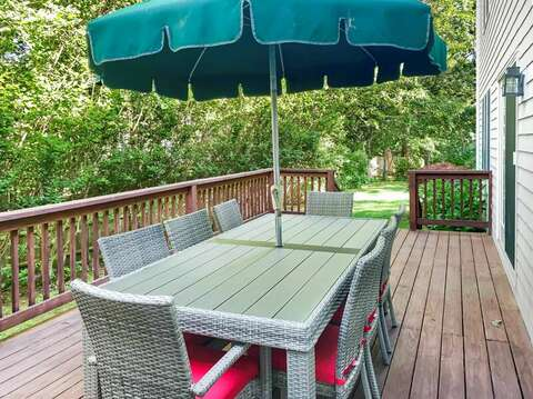 plenty of outdoor seating. 29 Ginger Plum Lane Harwich Port Cape Cod - New England Vacation Rentals