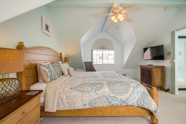 Master Bedroom on the 3rd Floor of our Mission Beach House Rental in San Diego