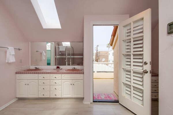 Master Bath & Balcony - 3rd Floor