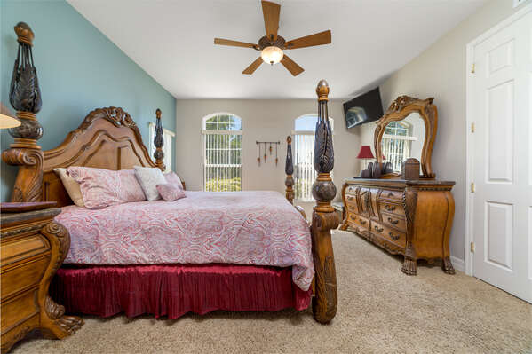Youll love relaxing in this elegant king bedroom