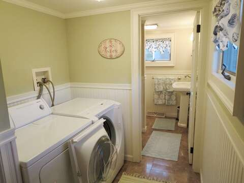 Convenient laundry off master in this ranch style home - 19 Burton Ave West Harwich Cape Cod - New England Vacation Rentals