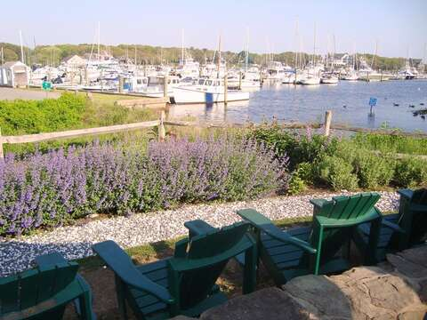 Grab your favorite libation and enjoy the view on the outdoor deck at Brax Landing! - Harwich Port Cape Cod - New England Vacation Rentals