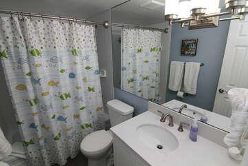 Plush white spa towels!
