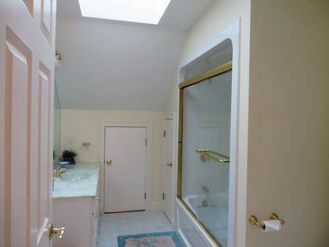 Full Bath #3 located off of the second floor hallway with a tub/shower - 2 Mashpa Road Harwich Cape Cod - New England Vacation Rentals
